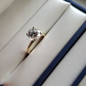 Jewelry - 2.5ct  diamond solitaire with 2ct cz earrings